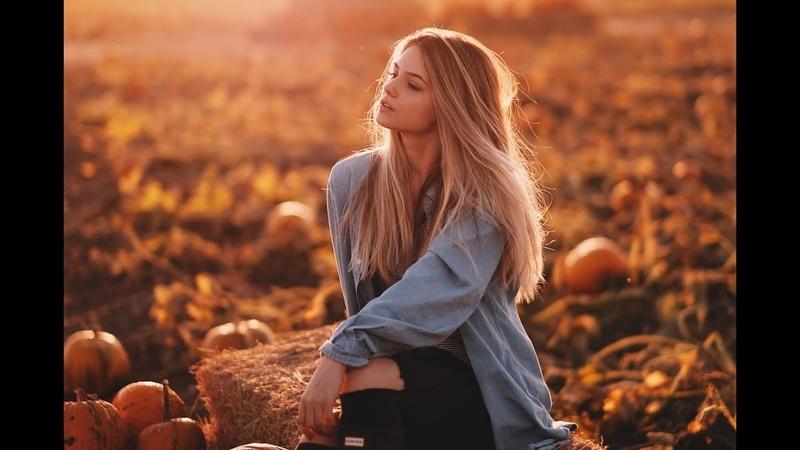 Autumn Style photoshoot w/ Victoria (Fujifilm X-T2 56mm F1.2 23mm F1.4)