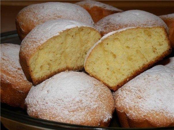 Простые, вкусные кексы    Делаем всего за 5 мин. Справится даже ребенок!    Ингредиенты:   - 4 яйца.