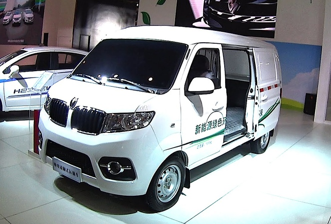 Small Electric Chinese VAN 2016, 2017 Brilliance Jinbei X30 EV, minivan hits the China car market