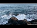Камушек в море
