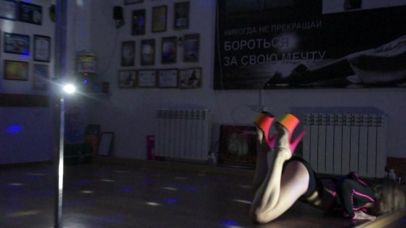 Видео с красавицей Светланой. Полденс. Староминская
