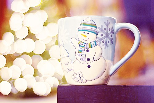 З новим роком! Сніговик вітає вас ;)