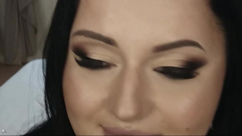 Восточный макияж в технике Растушёванная стрелка