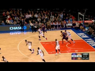 Carmelo Anthony Rifles the Pass for the Kenyon Martin Dunk