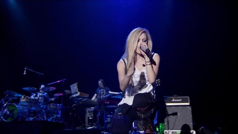 Avril Lavigne What the Hell Sk8er Boi Live at SUMMER SONIC 2011 FullHD 1080p