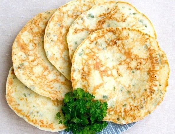 Сырные лепешки с зеленью. Отличное блюда на завтpак!