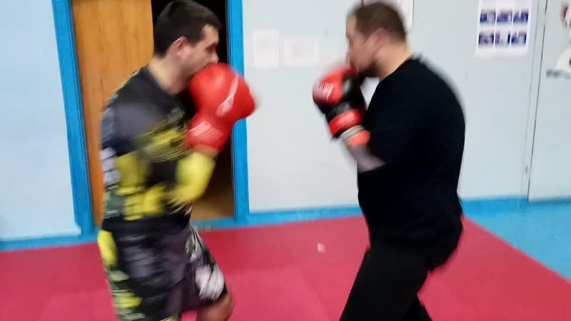 Мы с Вадиком косим под боксеров :)