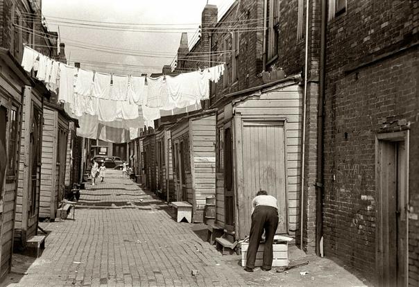 Подборка чёрно-белых фото США, 1936-1942 гг. Фотограф: Arthur Rotsteyn.