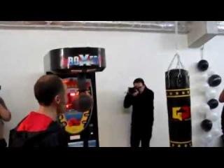 Gokhan Saki vs Hugo Metsers Machine Game ! YouTube