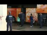 Криштиану Роналду вышел из автобуса