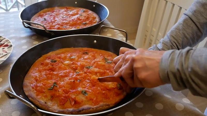 Итальянская дрожжевая фокачча лепешка с луком и помидорами Ricetta Moulinex i Companion Focaccia di cipolle