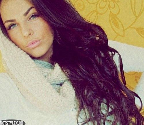 скачать аватарки для девушек: hotstylex.ru/stilnye-foto/stilnye-krasivye-devushki/2192-foto...