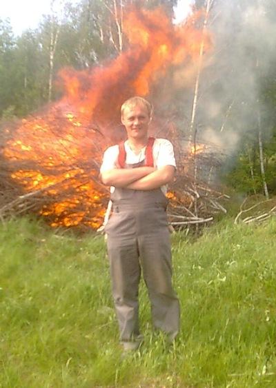 Олег Ларин, 22 июня 1984, Заинск, id132332839