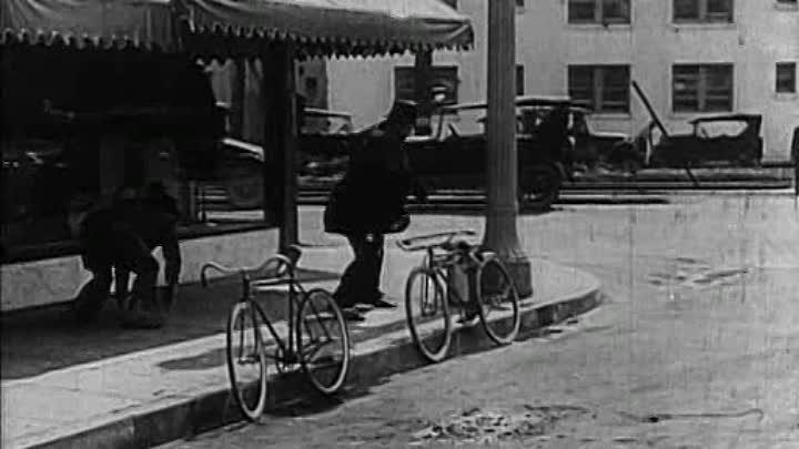 Duck Soup (1927) (DVDRip) [wWw.FilmShare.Ucoz.Ro]