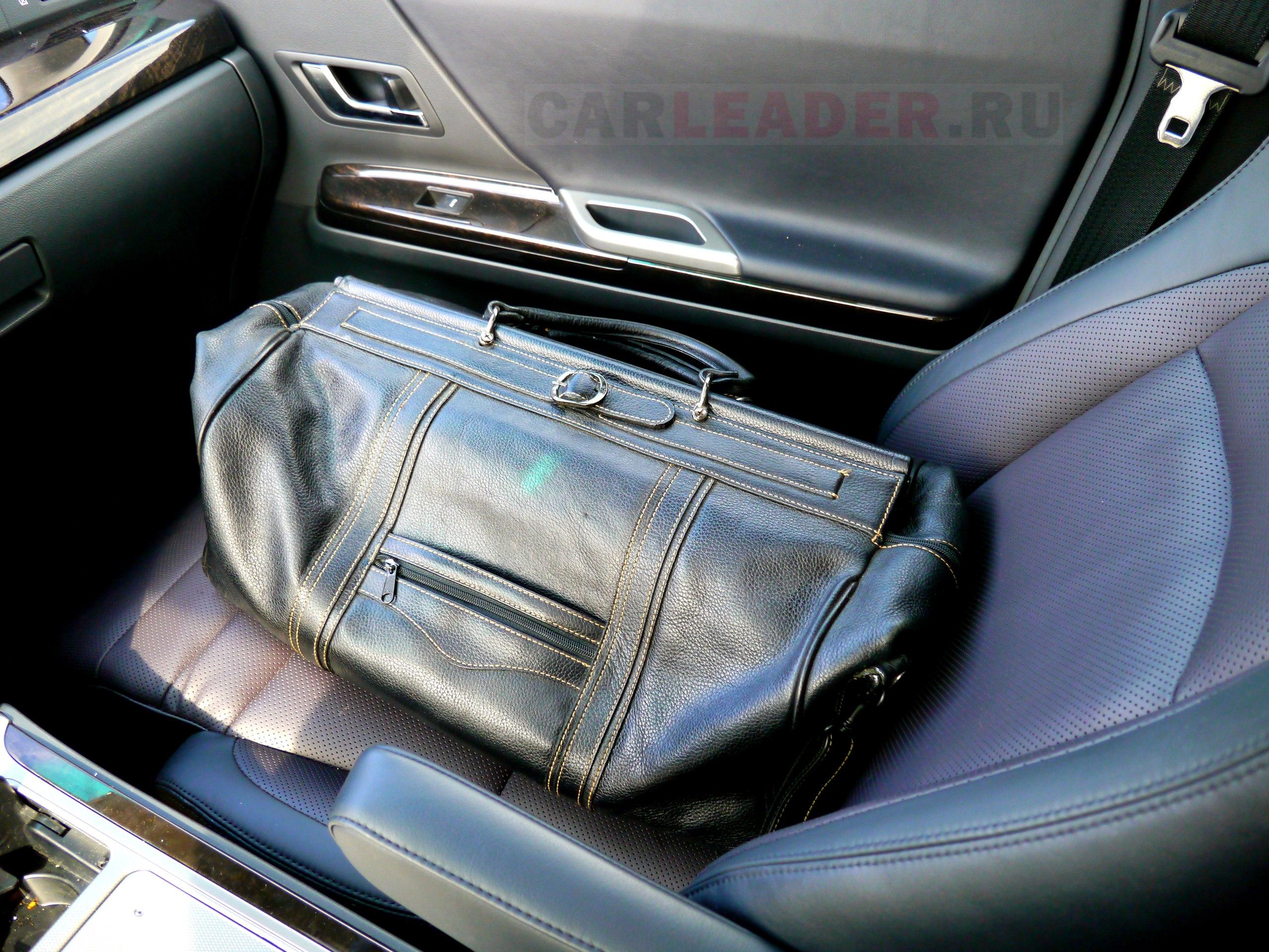 Натуральная кожа сумки vs Искусственная кожа Toyota Alphard
