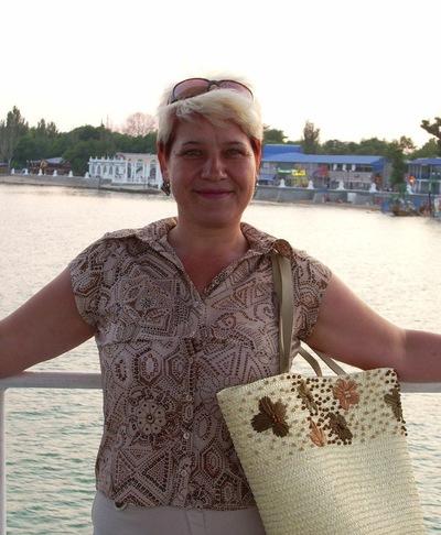 Наталья Полякова, 23 февраля , Алчевск, id205849596