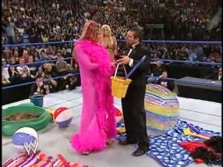 Torrie, Sable, Jackie and Dawn in a bikini contest [Divas WWE]