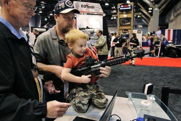 XrL4hB2Bwzg - Любовь к огнестрельному оружию