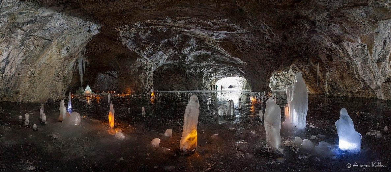Ледяные фигуры. Рускеала, Карелия. Автор – Андрей Куликов