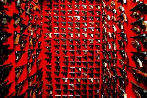 tc1ri6bOicI - Любовь к огнестрельному оружию