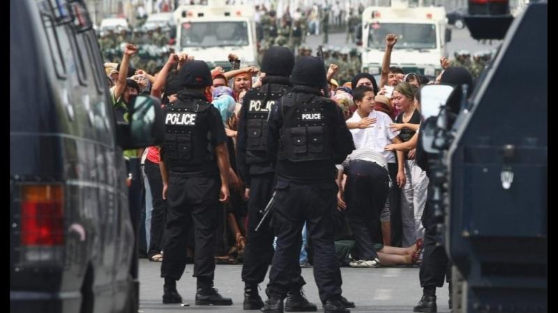 В Китае мусульман «перевоспитывают» в специальных лагерях