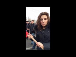 Готовые патриоты на Красной площади, митинг за присоединение Крыма