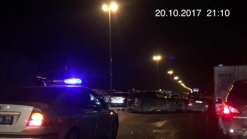 Авария на Киевском шоссе в районе аэропорта Внуково 20.10.2017 21_10