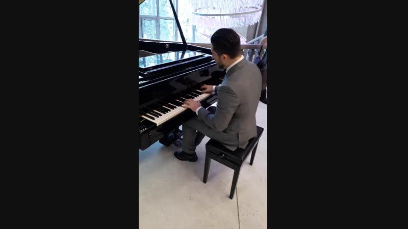 пианист Дмитрий Сазонов