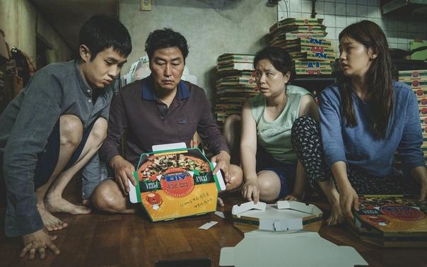 HBO снимет мини-сериал по мотивам «Паразитов» южнокорейского режиссера Пона Чжун Хо. Фильм произвел фурор и считается претендентом на «Оскар»