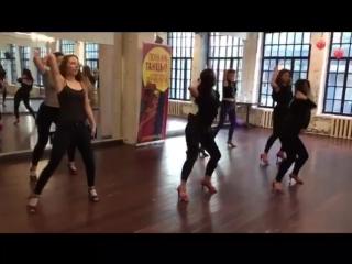 Бачата женская техника с Наталией Поддубной, школа танцев Держи Ритм