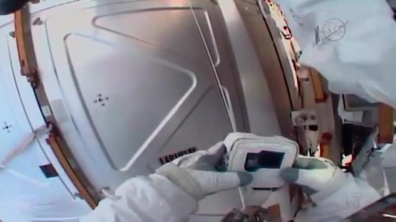 Случай с астронавтом Дрю Фьюстелом во время выхода в открытый космос