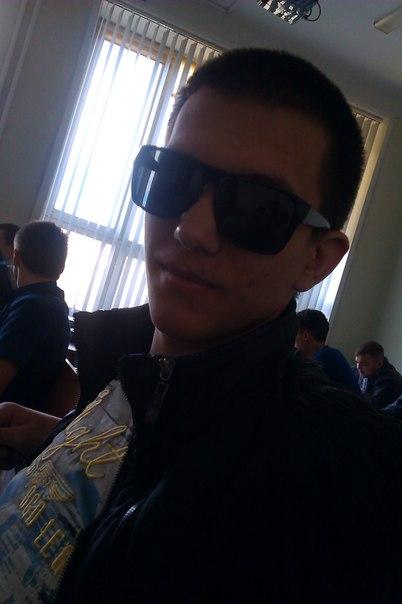 Rafail, 23, Altayskiy