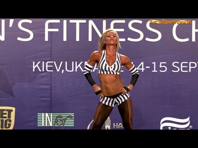2013 World IFBB - OLIVER Caroline (GBR) Women's FITNESS up to 163 cm - Round 1