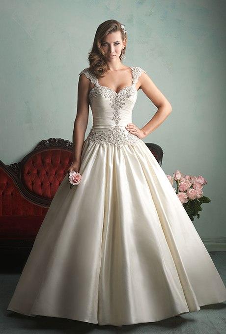 ZmqXtoQJtoY - 17 Фактов, которых Вы не знали о свадебном платье