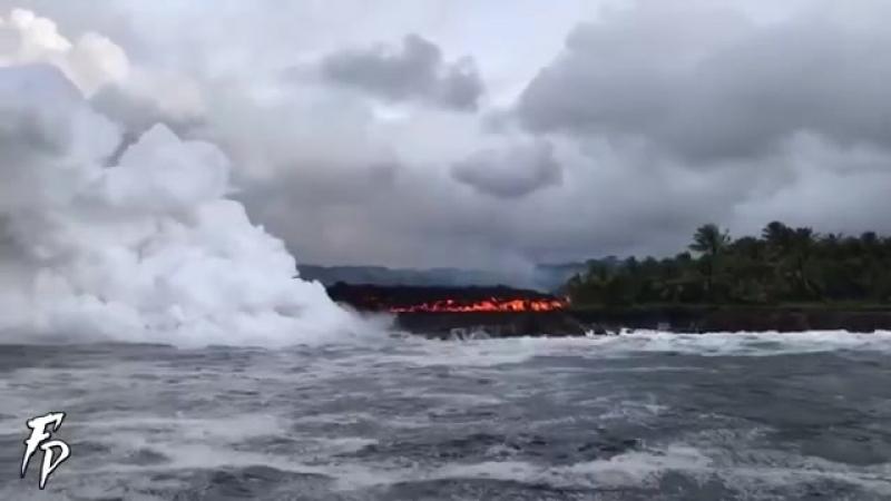 Гавайидаги вулқон лавалари Тинч океанига қадар етиб борди t.mejoinchatAAAAADv7jmaa_ECIP2kiTA
