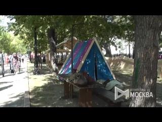 Работа площадки Верфь эпохи викингов, IXXI в рамках фестиваля Времена и эпохи на Чистопрудном бульваре