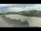 02. Справа - река Дебин, приток Колымы