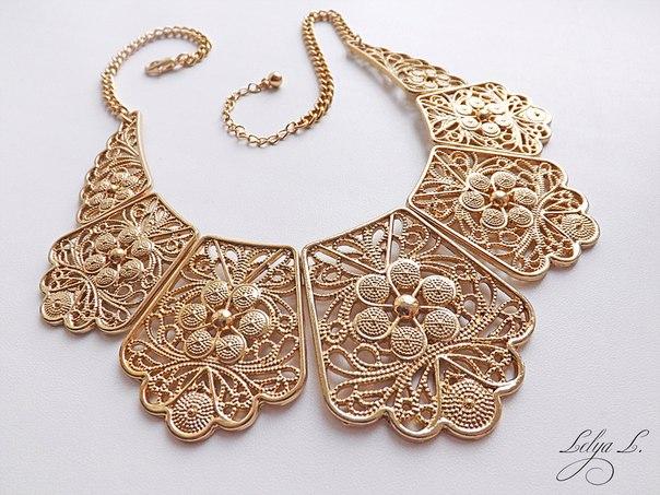 Сегментированное ожерелье с растительным орнаментом. Очень красивое украшение, состоящее из