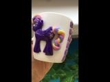 Маленькая пони