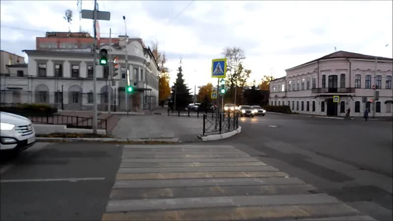 Перекресток улиц К Маркса и Л Толстого
