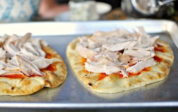 Быстрая пицца на лаваше. Оригинальный рецепт быстрой вкуснейшей