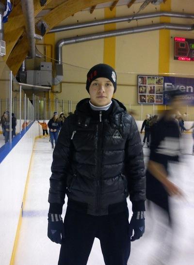 Олег Заваруев, 24 декабря 1998, Тюмень, id144034542