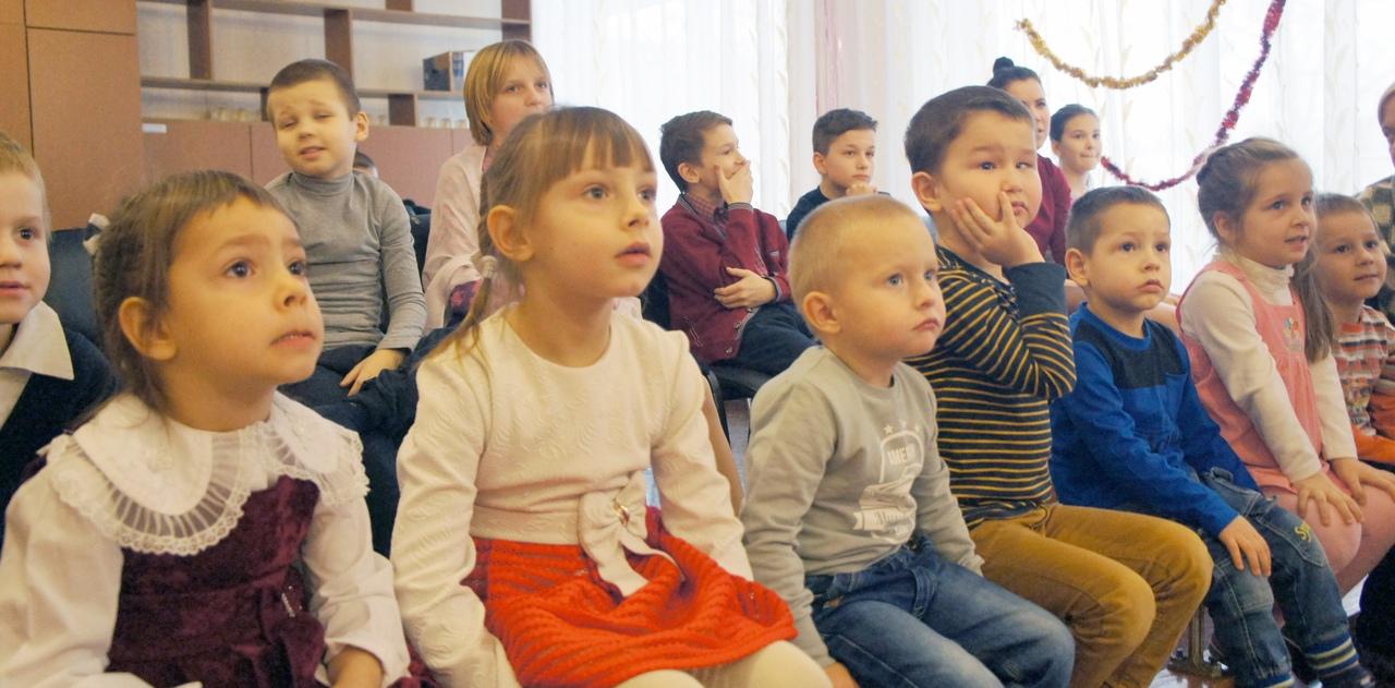 В Ленинском районе прошла благотворительная акция для детей из социального приюта