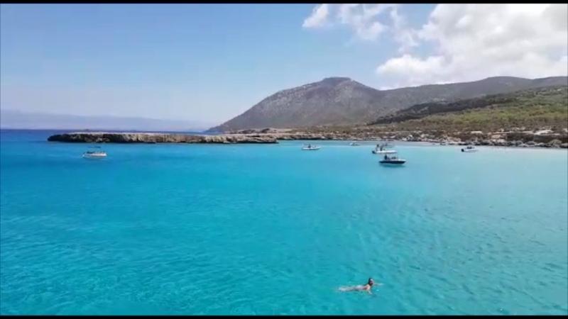 Красивое голубое Средиземное море 🌊 Кипр🌴🌞😃