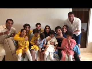 Eid Mubarak from ours to yours ! @BeingSalmanKhan @SohailKhan @aaysharma.mp4
