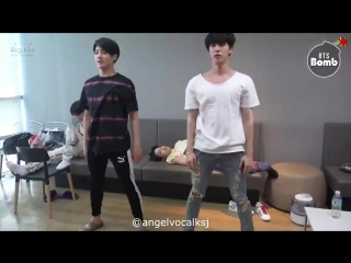 [BANGTAN BOMB] JK & JINs exercise time - BTS (방탄소년단)