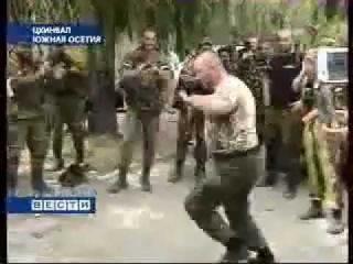 Чеченский спецназ разогнал грузинскую армию.