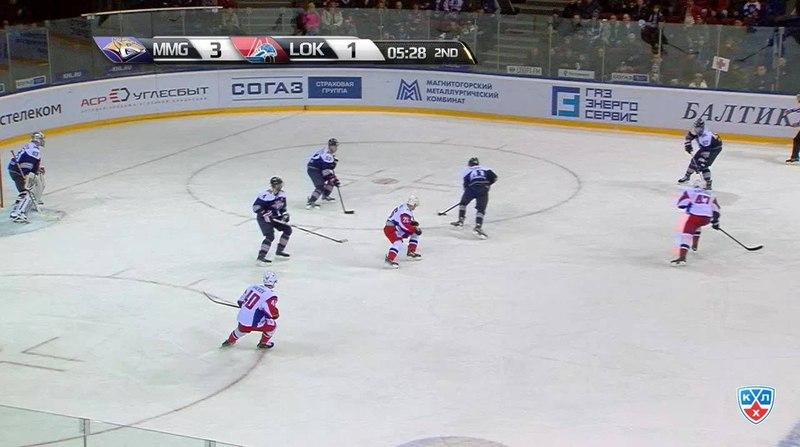 Моменты из матчей КХЛ сезона 14/15 • Гол. 4:1. Осала Оскар (Металлург Мг) забрасывает шайбу в ворота соперника 15.11