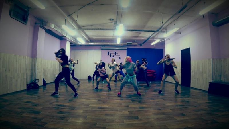 Sia ft David Guetta - flames.mp4