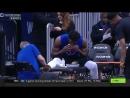 Джоэл Эмбиид кушал гамбургер во время массажа стопы за полтора часа до игры